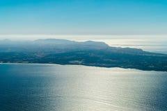 Antenna della linea costiera del Portogallo dall'Oceano Atlantico del nord fotografie stock libere da diritti