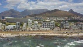 Antenna della montagna di Tabble e di Cape Town video d archivio