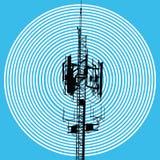 Antenna di GSM con il segno dell'onda Fotografie Stock