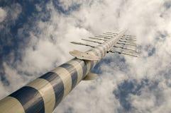 Antenna di legno alta del palo   Fotografie Stock