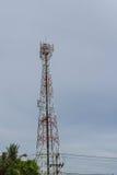 Antenna di telecomunicazione fotografie stock