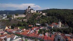 Antenna di vecchia città di Trencin, Slovacchia archivi video