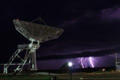 Antenna e fulmine Fotografia Stock Libera da Diritti