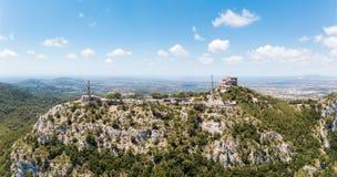 Antenna: Il vecchio monastero del benedettino in Mallorca, Spagna immagine stock libera da diritti
