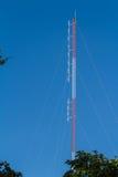 Antenna radiofonica per trasmettere per radio Fotografie Stock