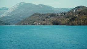Antenna: Sorvolare River Valley in Europa video d archivio