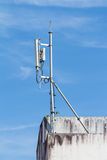Antennas for telecommunication mounted on the building Stock Photography