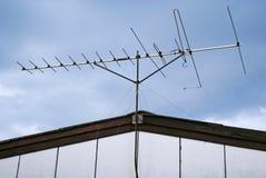Antenne auf dem Dach Lizenzfreies Stockfoto