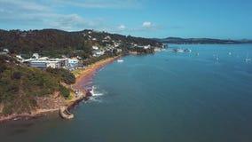 Antenne, Baai van Eilandenkust, Gesorteerde de Kleur van Paihia Nieuw Zeeland 4k stock videobeelden