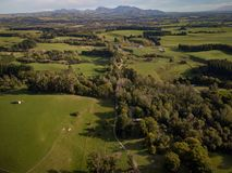 Antenne, Bauernhöfe und Weinberge von Neuseeland Lizenzfreies Stockbild