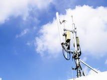Antenne d'émetteur de téléphone portable Image stock
