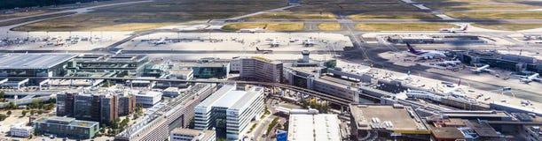 Antenne d'aéroport à Francfort Allemagne Images stock