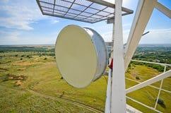 antenne de Radio-relais pour la communication cellulaire Image libre de droits