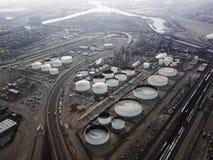 Antenne de raffinerie de pétrole. Image libre de droits