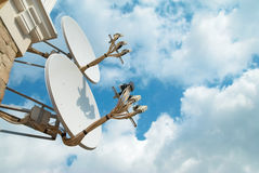 Antenne de satellite images stock