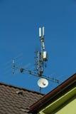 antenne de télévision et émetteur de Wi-Fi Image libre de droits