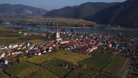 Antenne de Weisenkirchen, vallée de Wachau, Autriche banque de vidéos