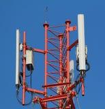 Antenne dei sistemi cellulari della stazione base Immagini Stock Libere da Diritti