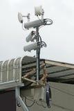 Antenne dei sistemi cellulari mobili con il ripetitore del punto caldo di wifi Immagine Stock