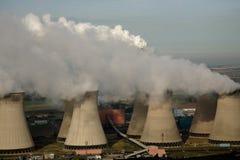 Antenne des Kraftwerks Lizenzfreie Stockfotografie
