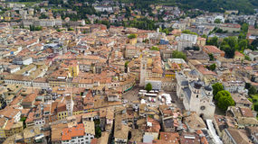 Antenne die met hommel op Trento schieten Royalty-vrije Stock Fotografie
