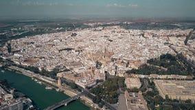Antenne die schot van Sevilla, Spanje vestigen stock videobeelden