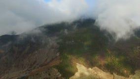 Antenne die van landschap in Westelijk Sichuan, Sichuan, China wordt geschoten stock videobeelden