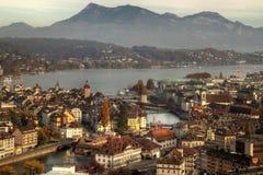 Antenne Luzerne-(Luzern) im Herbst, die Schweiz Lizenzfreie Stockfotos