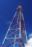 Antenne mobile dans le ciel images libres de droits