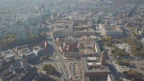 Antenne van Berlijn wordt geschoten die beroemde Berliner Dom kathedraal, Duitsland impliceren dat stock footage