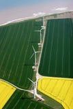 Antenne van een kustwindfarm Stock Fotografie