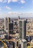 Antenne van het financiële district in Frankfurt Stock Afbeeldingen