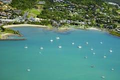 Antenne van kuststad in Pinksterennen Australië Royalty-vrije Stock Afbeelding