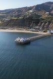 Antenne van Malibu Pier Near Los Angeles in Zuidelijk Californië Royalty-vrije Stock Foto's