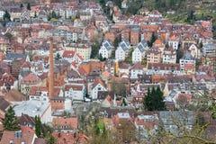 Antenne van Stuttgart van Bovengenoemde Kessel Biulding overbevolkte vast Stad S stock foto