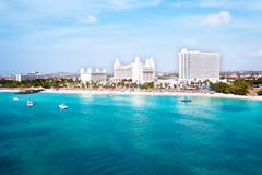 Antenne vom Palm Beach auf Aruba-Insel Lizenzfreies Stockfoto
