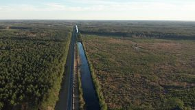 Antenne von LIGO brachte Interferometer in Louisiana voran stock footage