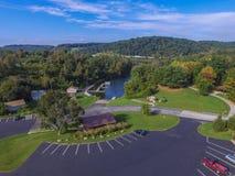 Antenne von See Redman in William Kain Park in Jacobus, Pennsylva Lizenzfreie Stockfotos