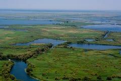 Antennen beskådar av den Danube deltan Arkivfoto
