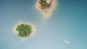 Antennen beskådar av lakes och berg arkivfoton