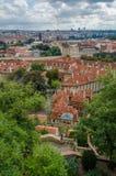 Antennen- oder Felsenansicht über die historische Stadt von Prag in der Tschechischen Republik Stockbild