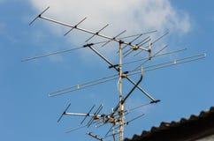 Antennen på taket Arkivfoton