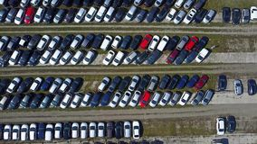 Antennen sköt av ny bilparkering, bästa sikt video 4K arkivfilmer