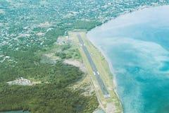 Antennen sköt landningsbanan Arkivbilder