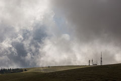 Antennen und Wolken Stockfotografie