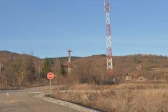 Antennenmaste für bewegliche Telekommunikation lizenzfreies stockfoto