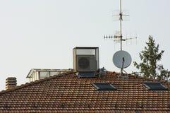 Antenner och lampglas Royaltyfria Bilder