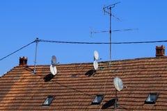 Antennes et antennes paraboliques Images libres de droits