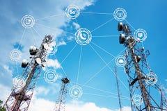 Antennes op de bovenkant van een Heuvel Stock Fotografie