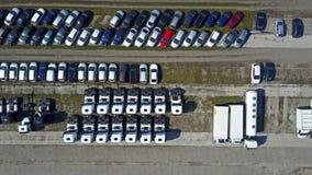 Antennskott av bil- och lastbillagring, bästa sikt video 4K arkivfilmer